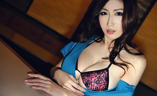 chinese_pornstar_julia