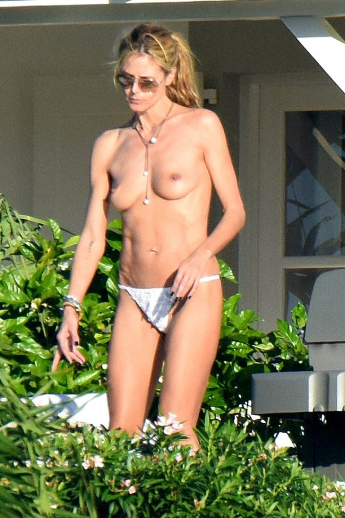 Heidi-Klum-Topless-With-Vito-Shnabel-In-France-03-760x1140
