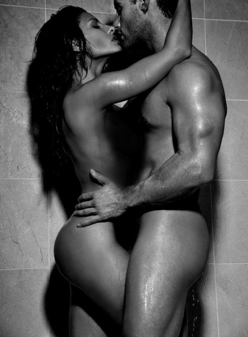 sex in the shower in black and white